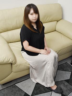池袋人妻デリヘル【熟女の風俗最終章 池袋店】 まな