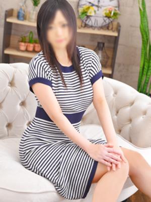 池袋人妻デリヘル【熟女の風俗最終章 池袋店】 りお